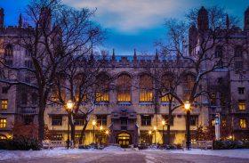 Biblioteka, który ożywa w nocy – opowiadania